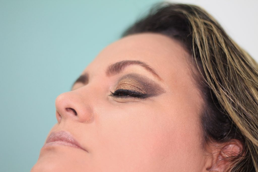 Which is better for Beginners - Liquid or Pencil Eyeliners?